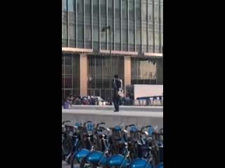 Shahrukh Khan shooting in Jubilee Place 4 London Ishq.mp4