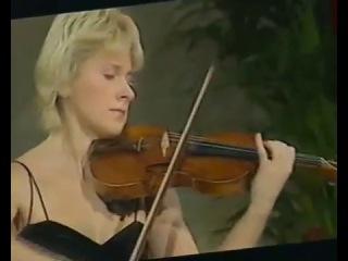 Вивальди - Концерт для 2-х скрипок, виолончели, струнных и бассо континуо ре минор, RV565
