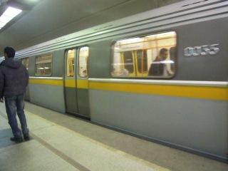 2 состава из вагонов типа Яуза (81-720.1) на Станции метро Братиславская