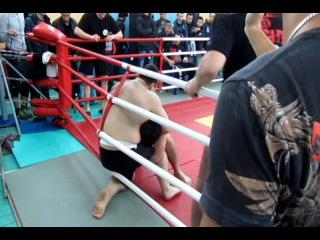 БК Росомаха (Mixfight) - Родион Абышов от 01.04.2012