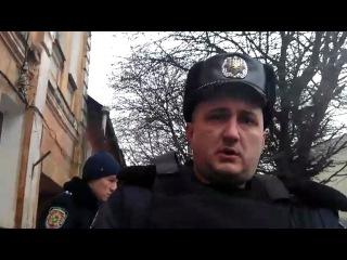 Жду,когда придет повестка в суд)
