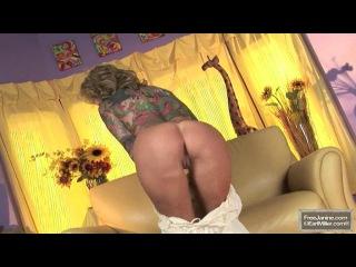 Janine lindemulder - sunflower striptease
