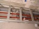Каркас з профіля для обшивки каналізаційних труб в ваній кімнаті .