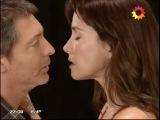 Первый поцелуй Авроры и Хуана во время театральной репетиции. Отрывок из сериала
