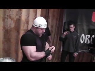 Владимир Кравцов - Жим лёжа 302,5 кг без экипировки (рекорд всех времен в кат. до 125 кг!!!) + попытка пожать 305 кг