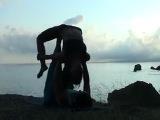 акро-йога на меганоме парная