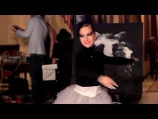 Dancing painter