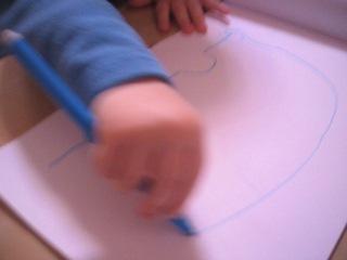 Никита рисует машинку(1год 11 мес)