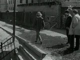 Фильм Переходный возраст 1968, действия фильма происходят в Волгограде
