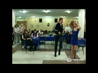 Колян танцует посадобль