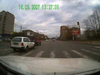 На Жигулях совсем тормоза не очень)