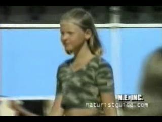 Нудисты франции видео фото 588-611