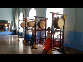 Репетиция в питерском Корейском молодежно-культурном центре