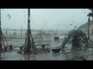 Тайфун Sanba, город Yeosu.