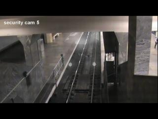 Метро Полежаевская... поезд призрак, в Москве засняли поезд призрак, реальное видео по новостям показывали!
