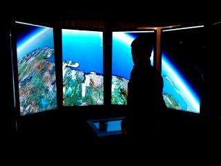Полет навигатора над Мурманском в офисе Google