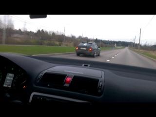 ОКТАВИИ МК1 и мк2 по тому как едут можно понять в какой я машине )))