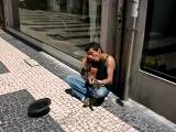 Уличный музыкант - heart-shaped box(nirvana cover)