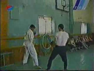Бокс против каратэ.