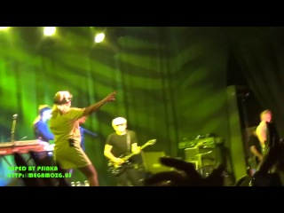 Blondie - The Tide Is High (Live Moscow 11.06.2013)