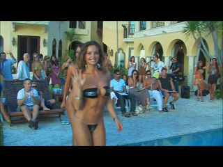 Bikini contest in Miami Конкурс купальников