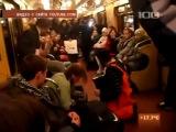 Видео с необычными музыкантами из городской подземки