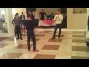 уйгуры танцуют лезгинку (красавчики)