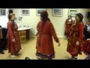 Бурановские бабушки танцуют в Пскове. 13 октября 2011 года