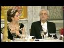 Муж президента Финляндии спалился, подглядывая в декольте принцессы Дании...xD