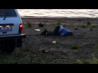 = Рабочая поза полицейских в Набережных Челнах =