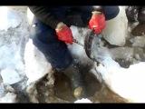 ловля щук на пассатижи)))вот это рыбалка,ссука