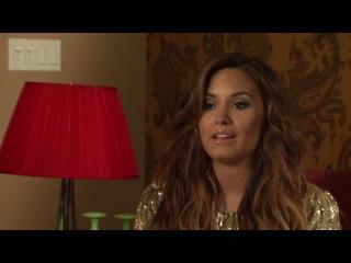 Behin The Scenes with Demi Lovato - Latina Magazine