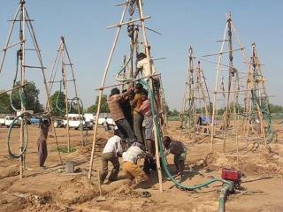 Бурение скважин по индийской системе (Indian Well Drilling)