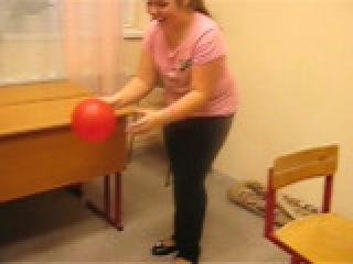 Попробуйте сами лопнуть шарик