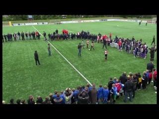 Мастер-класс | Робин ван Перси, Суфиан Тузани и Тонни Вилена против юных нидерландских футболистов | полная версия