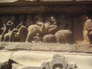 кхаджурахо 3 эротические сцены на стенах храма