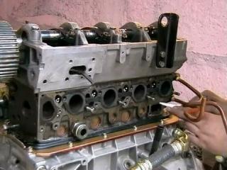 начинаем собирать двигатель газ 560 Steyr (Штайер) » Freewka.com - Смотреть онлайн в хорощем качестве