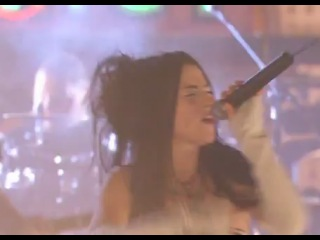 Evanescence - Bring Me To Life (Live In Las Vegas)