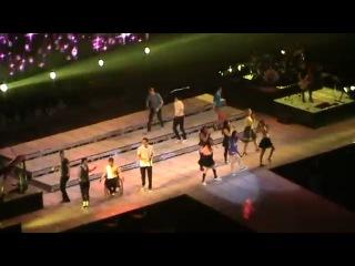 Glee Live 2011 -