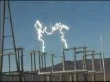 Разошлись расцепители 290 тыс. вольт; ток - 115А.