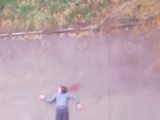 Жесть!! Пацан упал с дивитины и встал!!