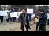 Митинг против ликвидации вернисажа на Крымском валу