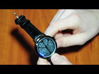 Сучасний годинник з сенcорним дисплеєм