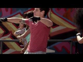 Лапочка 2-отличный фильм про танцы...by nur