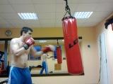 бокс, тренировка, отработка ударов справа хук, апперкот, кросс