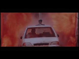 Шедевр индийского кино:))) Режиссёр параноик, супермен отдыхает...