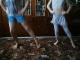 Украинский танец под музыку дуэта-