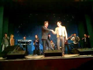 Айдар Галимов и Андрей Соловьев с сольной песней Кызыл розалар с.Шаран