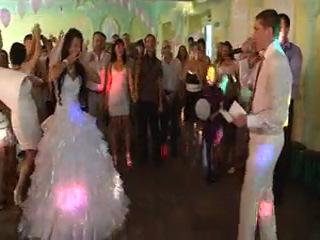 Песня посвещенная на свадьбе моей женульке Юльке (с/л Коля)