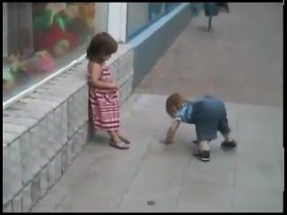 Как мужик к девочке пристаёт видео фото 347-398